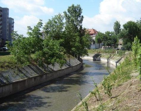 Слатинска река