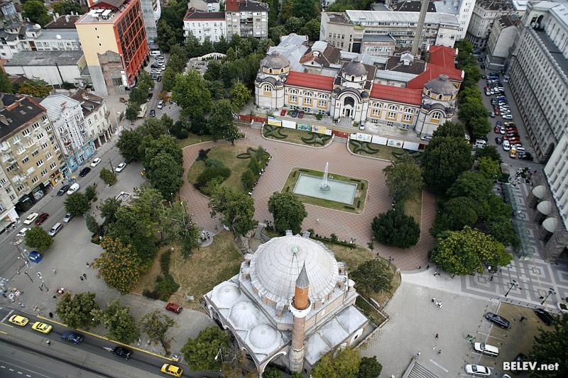 Площад  Бански