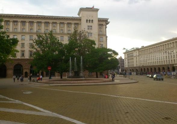 Atanas Burov Square