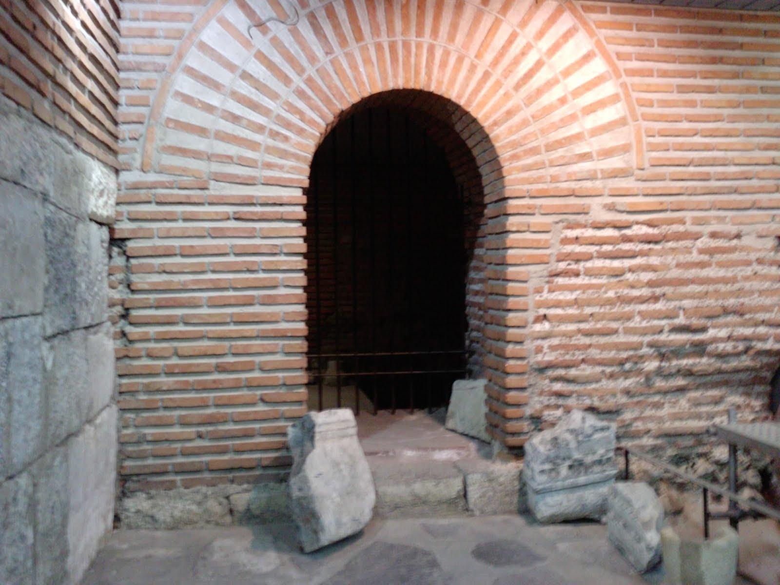 Древна Сердика - източната порта