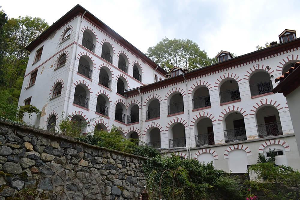 images/marshrut/vitosha-manastir/dragalevski-manastir-2.jpg